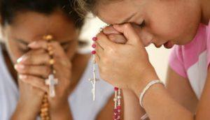 Wychowanie do wiary w rodzinie – propozycja duchowości jedności